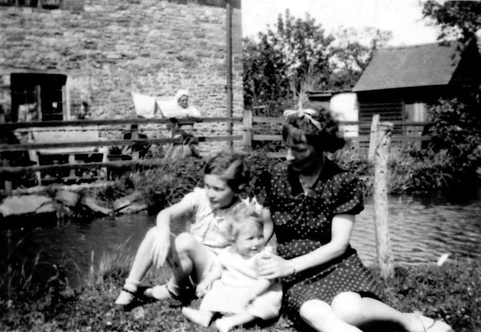 14 Charney (Brook Cottage). 1938
